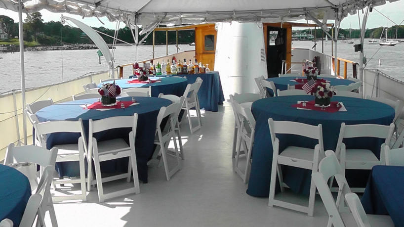 Mariner III Open Air 2nd Deck Dining
