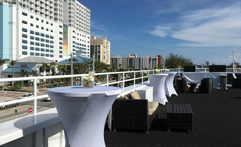 South Beach Lady Open Air Sky Deck Bar